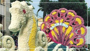 Float at San Remo Flower Parade - Photo APT RdF
